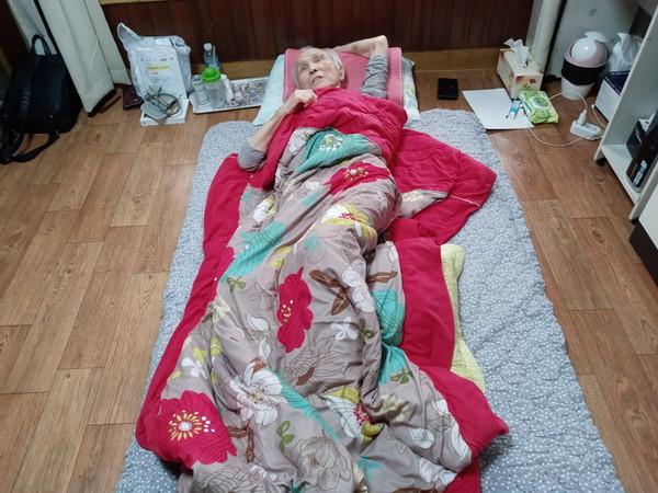 비전향장기수 박종린 선생님(2020년 10월 16일 자택)께서 자택에서 투병생활 중 건강이 악화되어 인천사랑병원에 입원하셨다. [사진제공-김영승]
